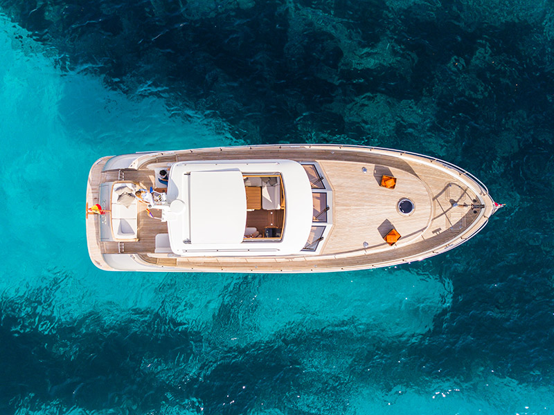 Aerial view of MY-Kiney Luxury Charter Yacht made by Mulder Motoryacht