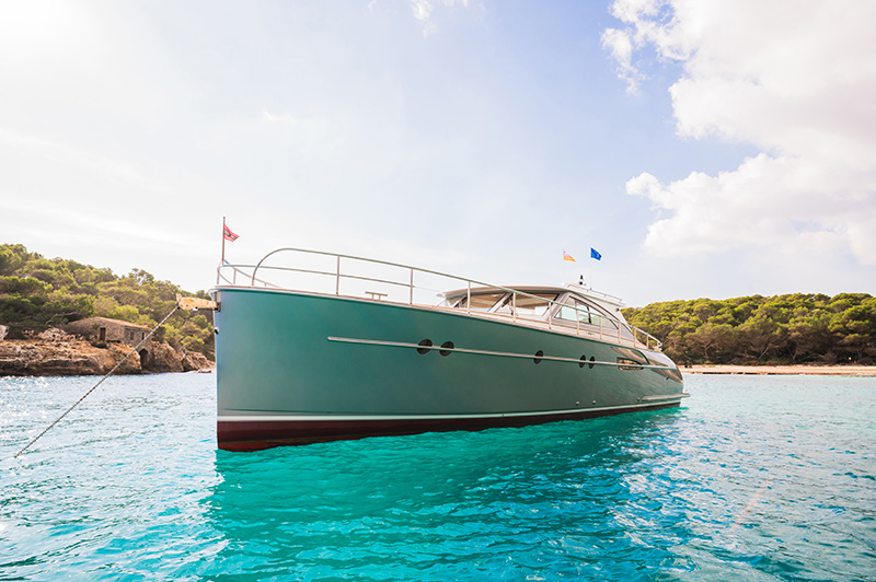 Front view in Mallorca of a Luxury Yacht made by Mulder motoryacht